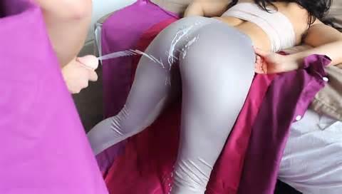 Big Ass Girl Spandex Ass Cumshot Big Booty Tease Leggings - vlcsnap ...