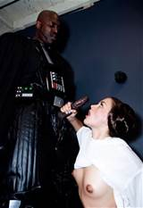 Les Photos de ' Stars Wars XXX A Porn Parody ' :