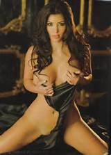 Kim Kardashian's Boobs Are So Big, They Still Look Pretty Huge Even ...