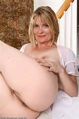 Blonde MILF From Texas Brittany