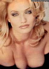 Cameron Diaz Blonde Showing Tits Celebrity Photos and Videos