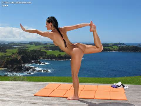 Hot Nude Yoga Instructor Exquisite Babes